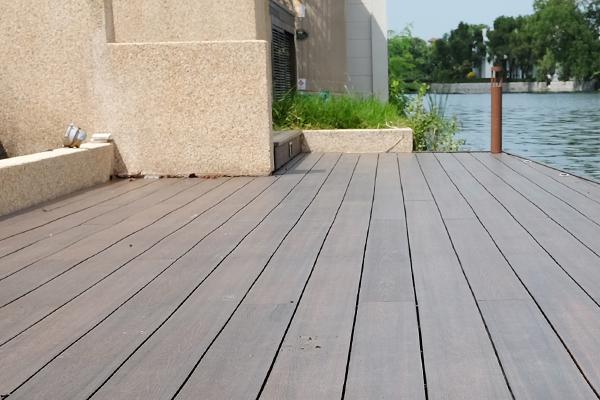 พื้นไม้เทียม WPC